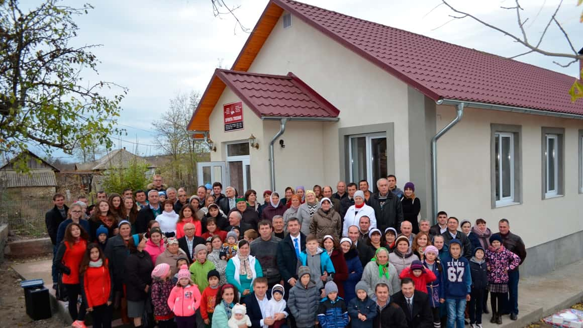 Christian nonprofit organization builds church in Moldova