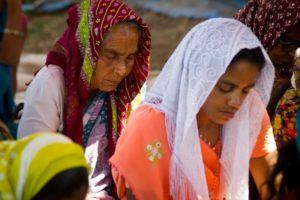 2 South Asian women praying